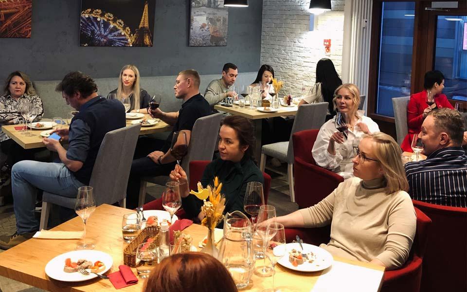 Фотоотчет с гастрономического ужина «Альтернативное Бордо»